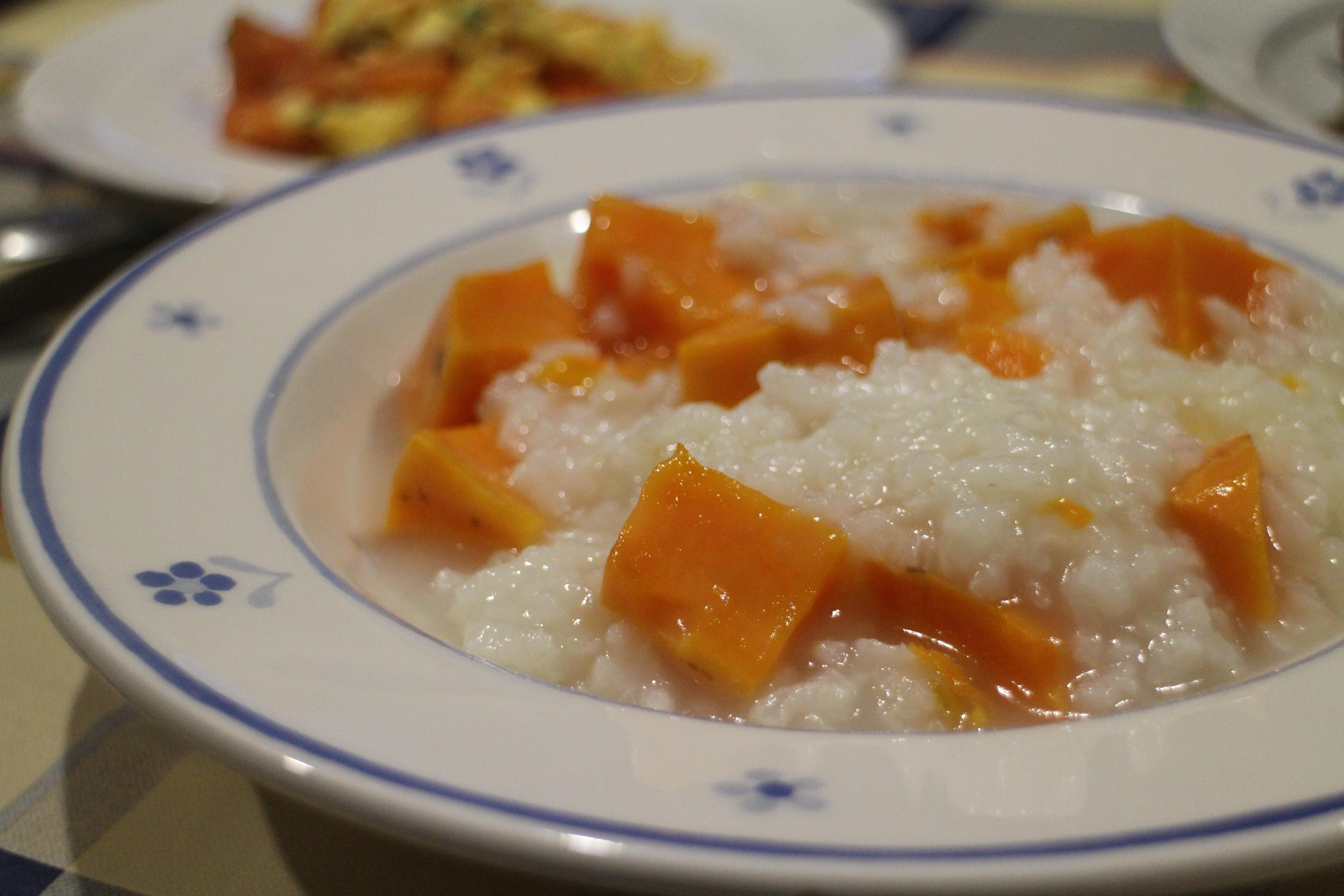 【深夜食堂】地瓜稀飯、番茄炒蛋、醬燒茄子