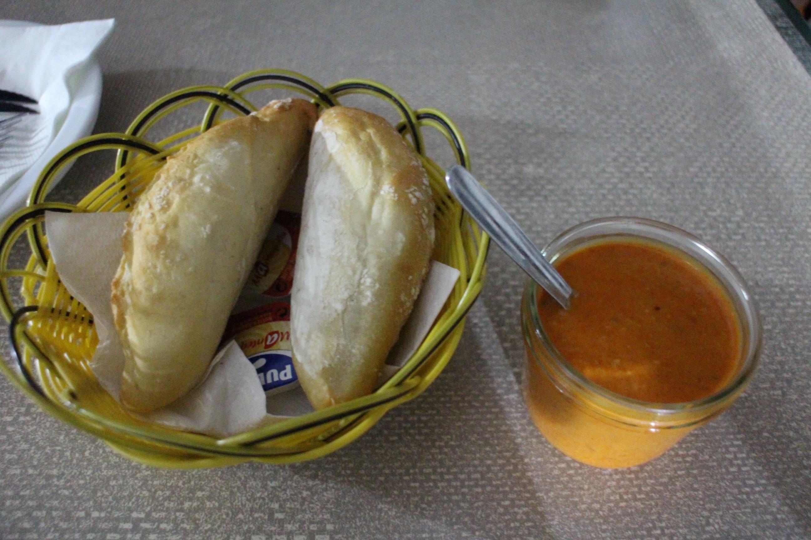 Otelo的mojo沾醬,配麵包就好好吃!